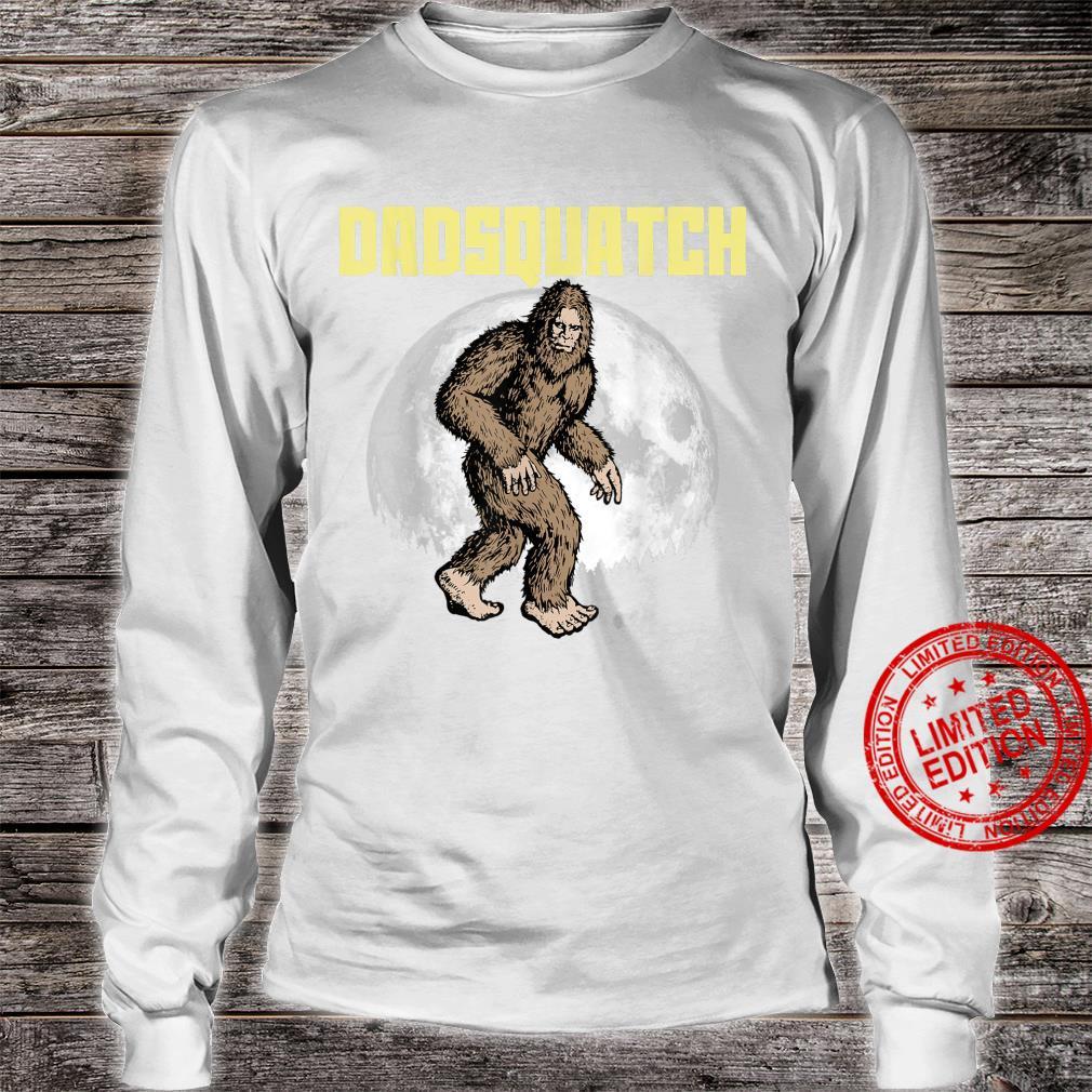 DadSquatch Bigfoot Sasquatch Dad Fathers Day Moon 80s Shirt long sleeved