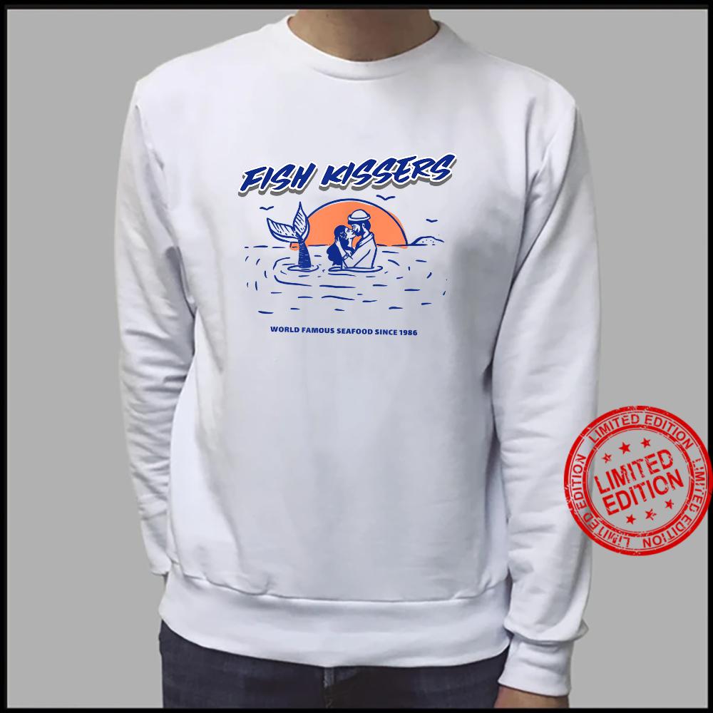 Vintage Fish Kissers Seafood Maritime Design Shirt sweater